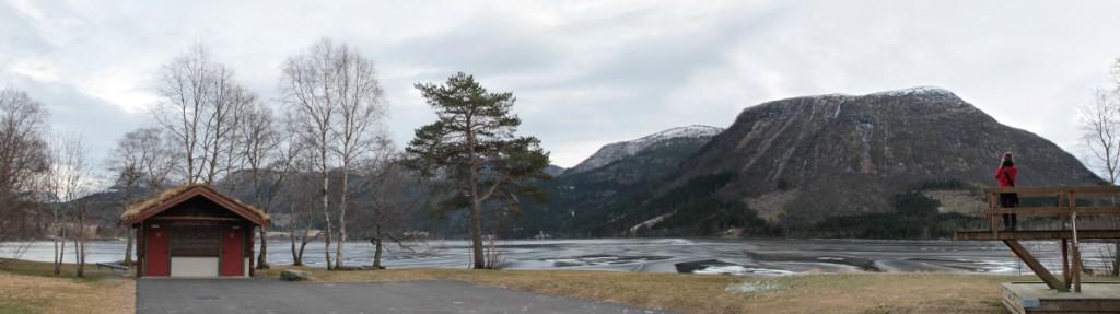 See-Panorama mit Hütte