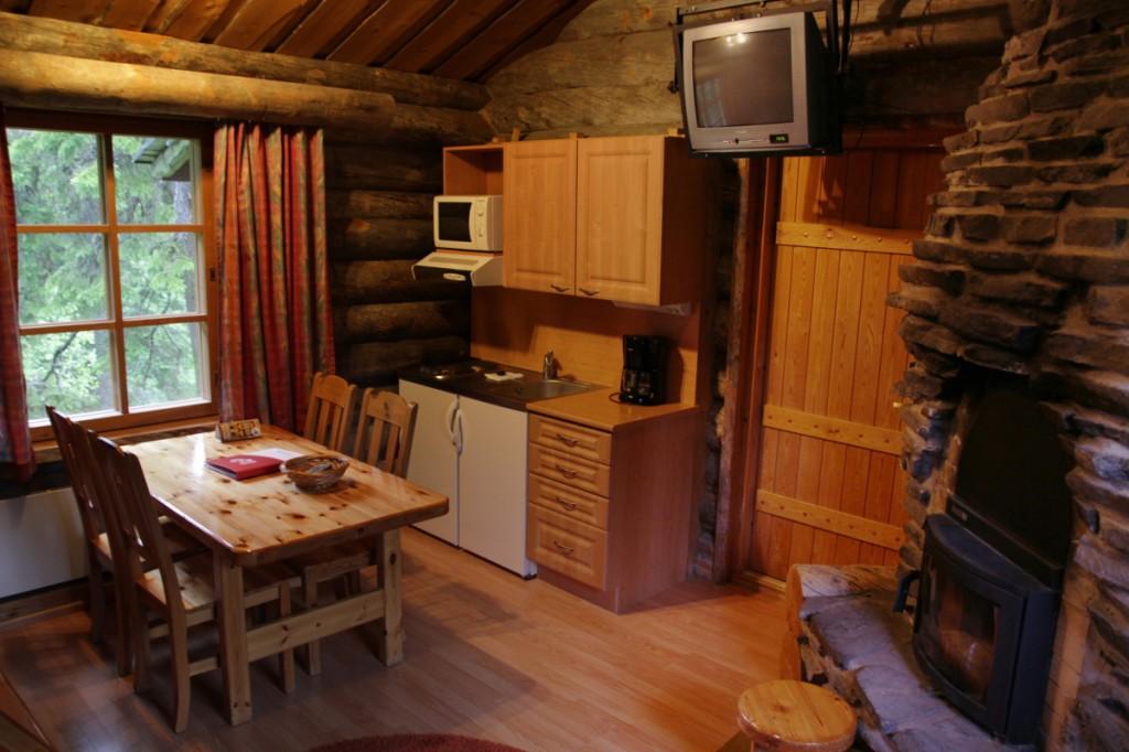 Blockhütten des Lapland Hotel Luostotunturi